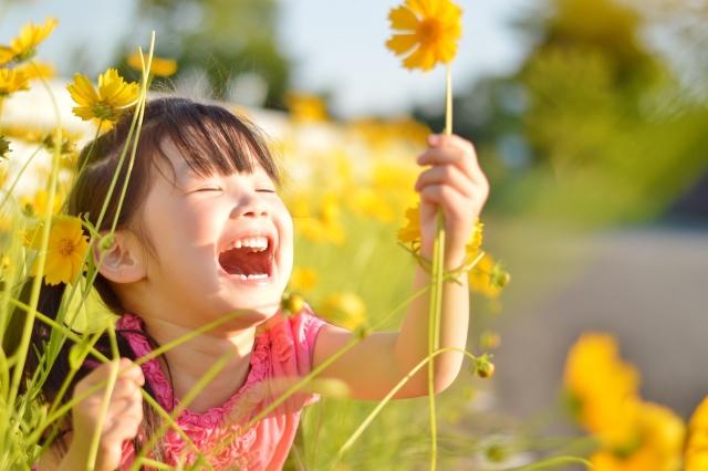 仕事率UPにも効果的!苦手な人も簡単にできる笑顔の作り方トレーニング