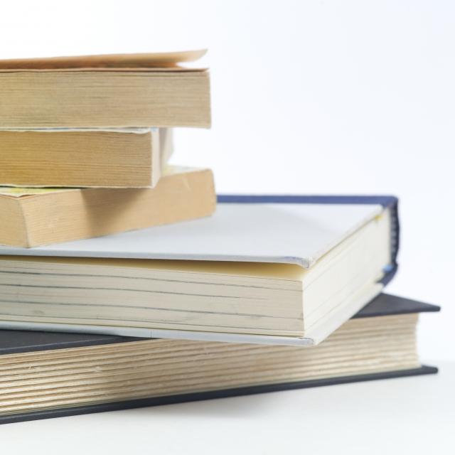 子どもが自ら本を読むようになる教育方法
