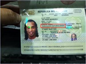 ロナウジーニョ,逮捕,動画,瞬間,画像,偽造パスポート,なぜ