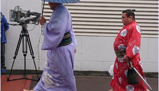 【画像】勝武士と竜電関の仲良しバックハグ写真!関取と付け人の絆が泣ける…
