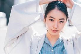 筑前煮女の正体は女優の田辺桃子